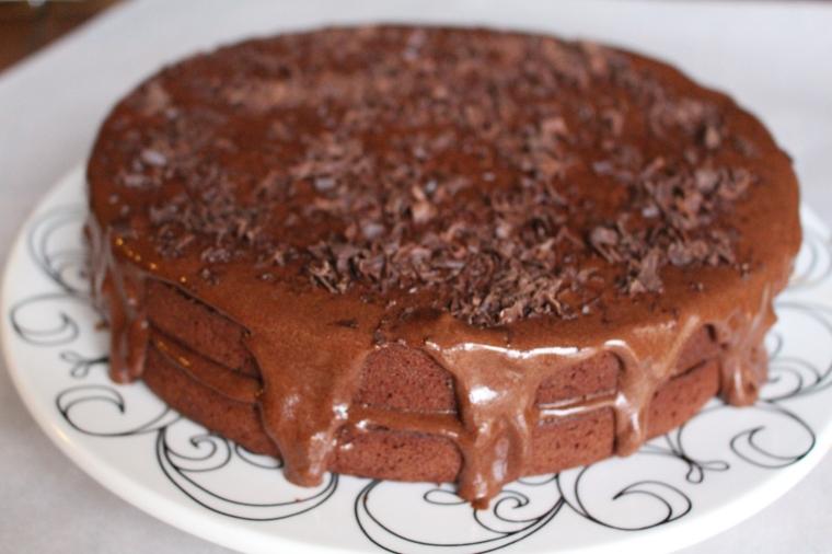Indulgent chocolate peanut butter ganache cake 5.JPG