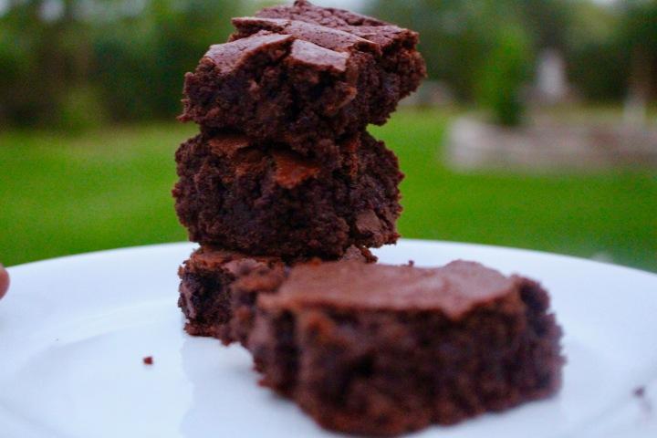 Classic brownies 2.jpg
