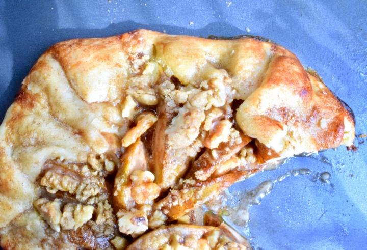 Gluten-free Pear Walnut StreuselGalette