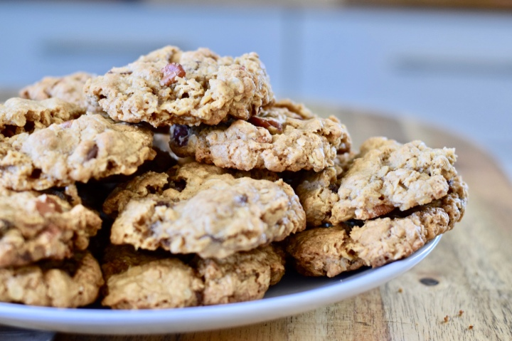 Chewy Chocolate Chip Oatmeal Pecan Cookies |Gluten-free
